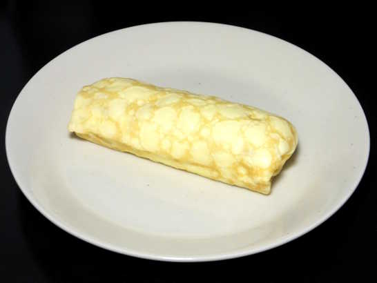 コンビニパンだ_レアチーズクレープ(シチリア産レモンのレモンソース使用)【デイリーヤマザキ】_中身00