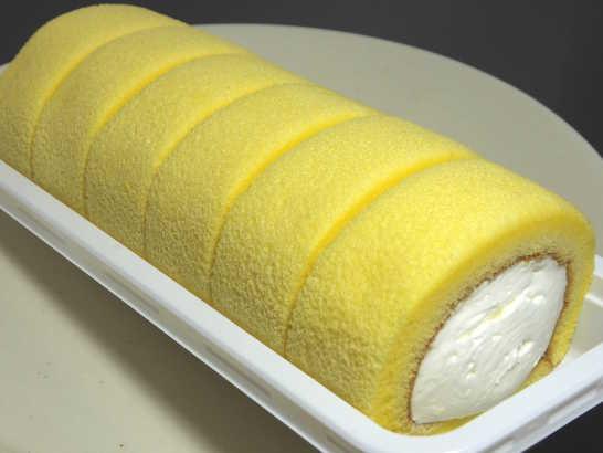 コンビニパンだ_もち食感ロール(すっきりレモンクリーム)【ローソン】_中身01