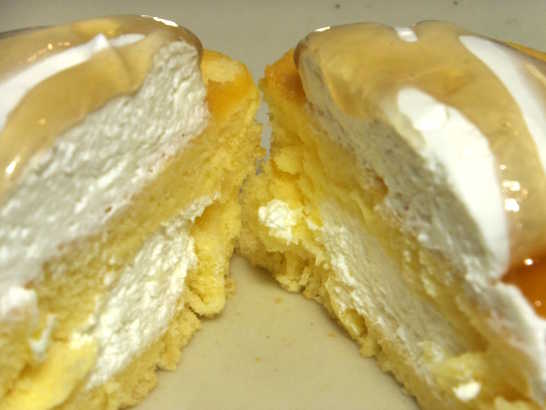 コンビニパンだ厚焼きパンケーキ(メープル&ホイップ)【サークルKサンクス】_中身05