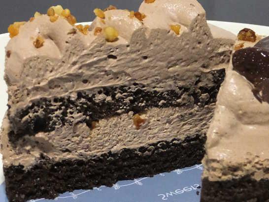 コンビニスイーツだ_チョコレートケーキ(ベルギー産チョコレート使用)【ファミリーマート】_中身05