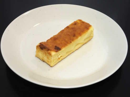 コンビニスイーツだ_りんごのヨーグルト風味ケーキ【ファミリーマート】_中身00