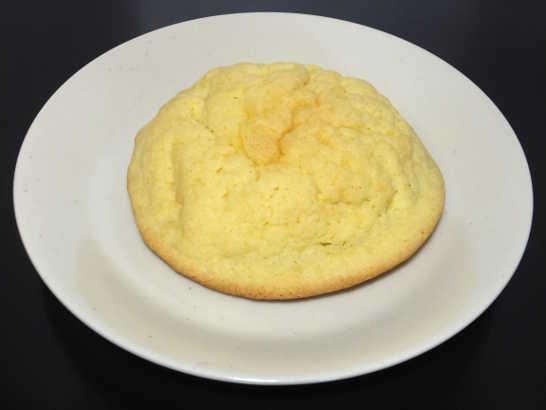 コンビニパンだ_塩バターメロンパン【ローソン】_中身00