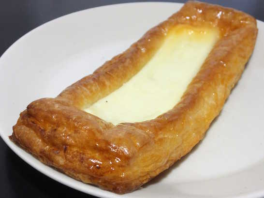 コンビニパンだ_クリームチーズのデニッシュ【ファミリーマート】_中身01
