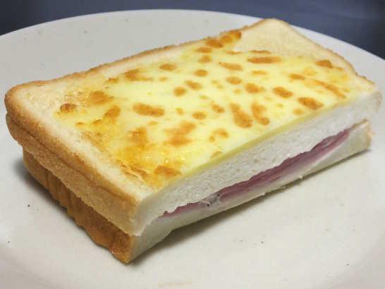 コンビニパンだ_とろーりチーズのクロックムッシュ【ローソン】_中身01