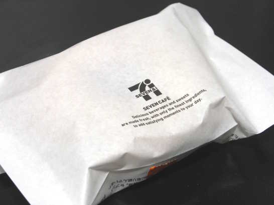 コンビニスイーツだ_抹茶チョコドーナツ(豆腐・豆乳・おから入り)【セブンイレブン】外観00