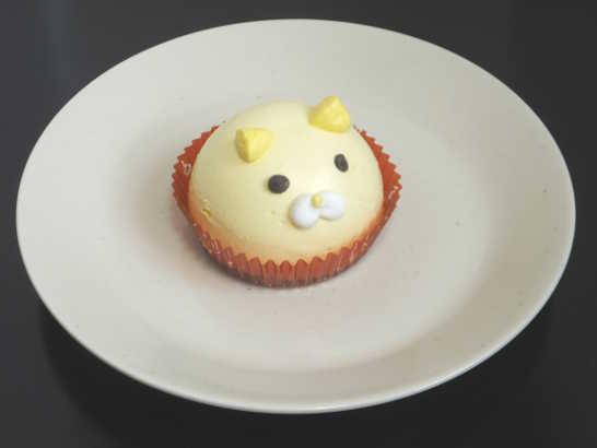 コンビニスイーツだ_ねこちゃんマンゴーのムースケーキ【セブンイレブン】中身00