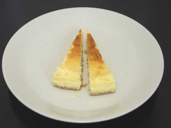 コンビニスイーツだ_3種チーズの濃厚フロマージュ【セブンイレブン】中身02