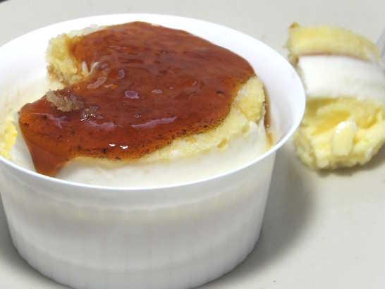 コンビニスイーツだ_北海道産チーズのブリュレチーズケーキ【ファミリーマート】中身04