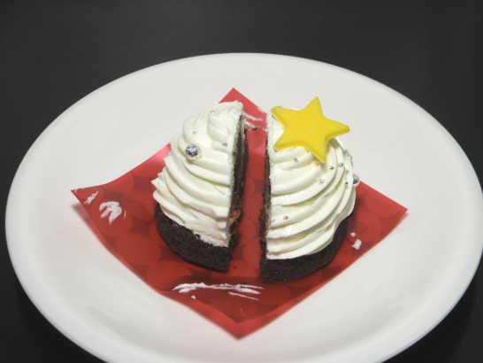 コンビニスイーツだ_白いクリスマスツリーのケーキ【ローソン】中身02
