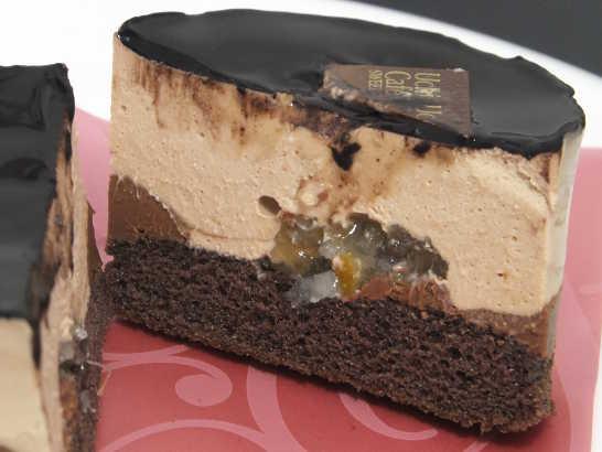 コンビニスイーツだ_レモン&バーベナ香るチョコレートケーキ【ローソン】中身03
