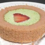 苺とピスタチオクリームのロールケーキ【ローソン】